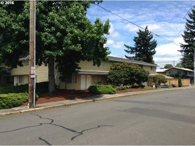 Estacada Multi Family Home Sold: 445 SW Elm Rd
