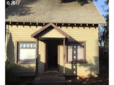 Single Family Home For Sale: 6099 NE Going St