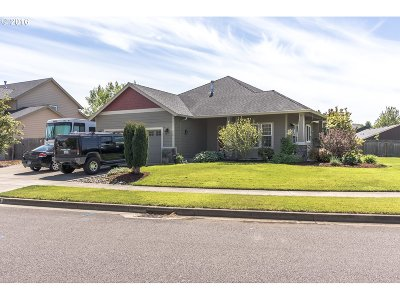 Stayton Single Family Home Sold: 810 Sunrise Dr