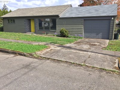 Stayton Single Family Home Sold: 966 N Douglas Ave