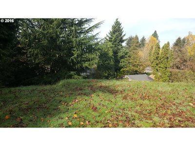 Milwaukie, Gladstone Residential Lots & Land For Sale: SE Laura Ave