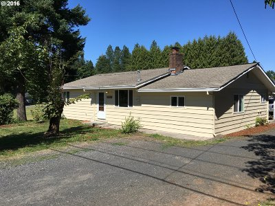 Single Family Home Sold: 14592 SE Bluff Rd