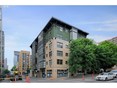 Condo/Townhouse Sold: 1134 SW Jefferson St #302