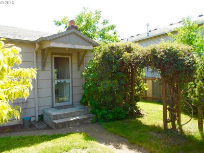 Single Family Home Sold: 11720 SE Yamhill St