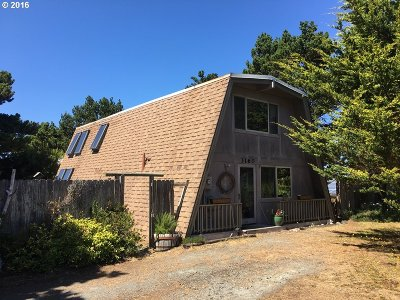 Bandon Single Family Home For Sale: 3160 Beach Loop Dr SW