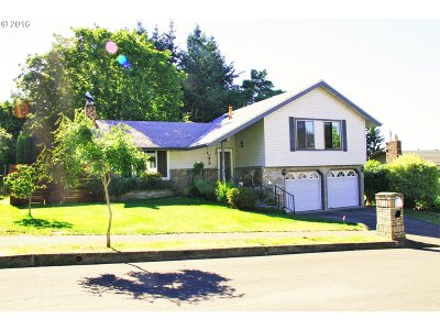 Single Family Home Sold: 1981 SW Lillyben Ave