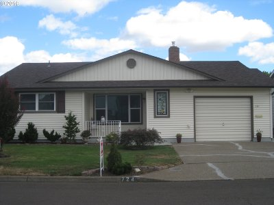 Woodburn Single Family Home Sold: 724 S Cascade Dr