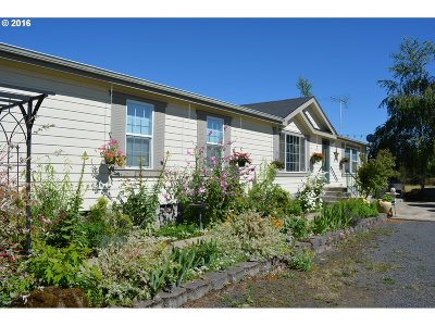 Creswell Single Family Home For Sale: 83373 Hwy 99