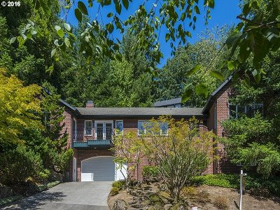 Multnomah County, Clackamas County, Washington County Single Family Home For Sale: 1430 SW Highland Rd