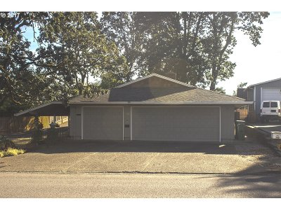 Newberg, Dundee Single Family Home For Sale: 740 N Main St