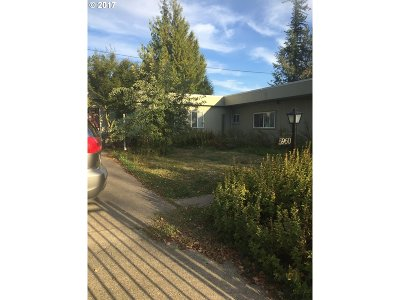 Single Family Home Bumpable Buyer: 5960 SE 314th Ave