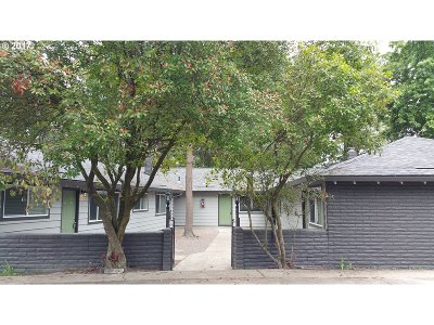 Tigard Multi Family Home For Sale: 9210 SW Center St