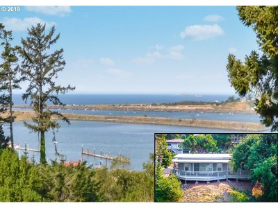 Gold Beach OR Single Family Home For Sale: $298,500