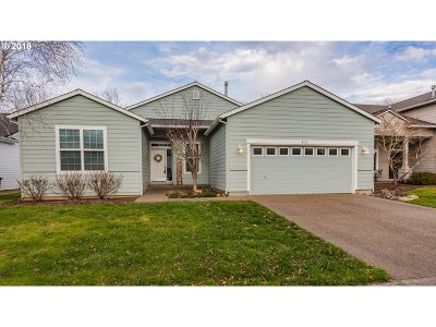 Woodburn Single Family Home For Sale: 671 Ironwood Ter