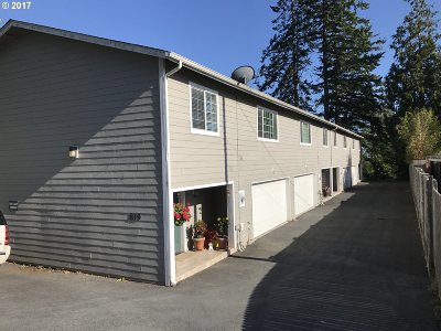 Brookings Condo/Townhouse For Sale: 819 Easy St #3