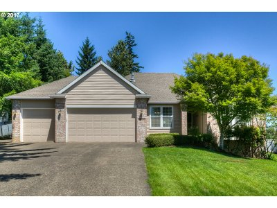 Happy Valley Single Family Home Pending: 12449 SE Spencer Ct
