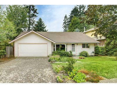 Eugene Single Family Home For Sale: 3443 Chaucer Way