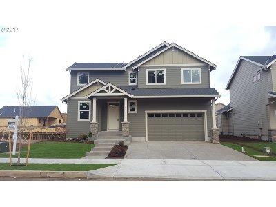 Sandy Single Family Home For Sale: 38417 Juniper St