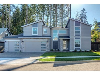 Camas Single Family Home For Sale: 5757 NW Hood Loop