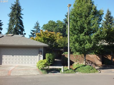 Wilsonville, Canby, Aurora Single Family Home For Sale: 32555 SW Lake Point Ct