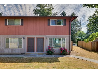 Tigard Condo/Townhouse For Sale: 14655 SW 76th Ave