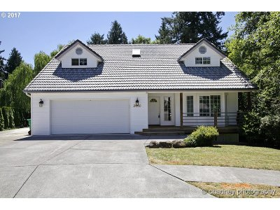 Gresham Single Family Home For Sale: 2660 SW 22nd Ct