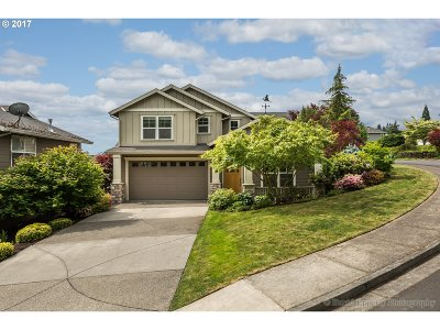Scappoose Single Family Home For Sale: 52648 Maria Ln