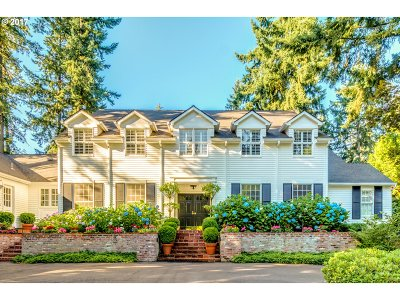 Lake Oswego Single Family Home For Sale: 888 Fairway Rd