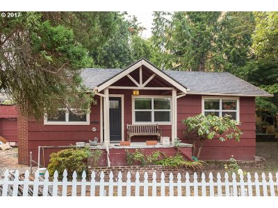 Portland Single Family Home For Sale: 7423 SW Miles Pl