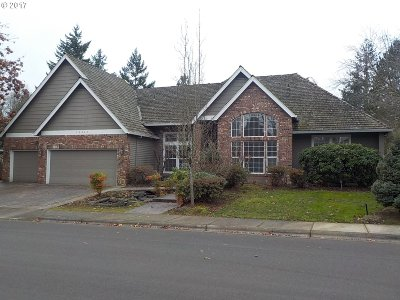 Wilsonville Single Family Home For Sale: 28667 SW Cascade Loop