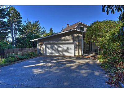 Bandon Single Family Home For Sale: 55610 Bates Rd