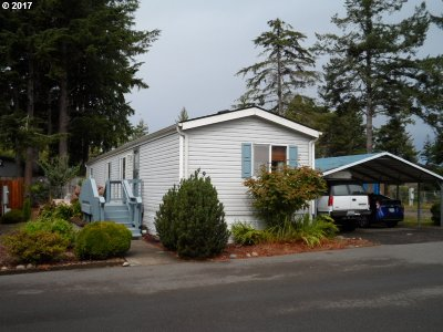 Coos Bay Single Family Home For Sale: 494 Shorepines Vista