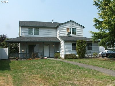 Scappoose Single Family Home For Sale: 34384 Heron Meadows Dr