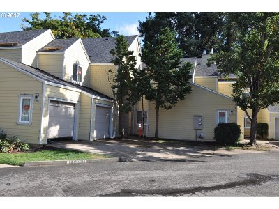 Lake Oswego OR Condo/Townhouse For Sale: $275,000