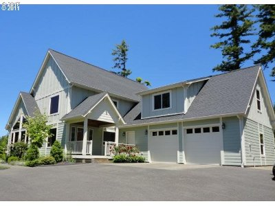 North Bend Single Family Home For Sale: 68260 Ridge Rd
