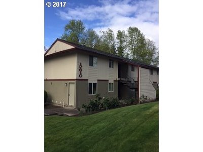 Clackamas County, Columbia County, Jefferson County, Linn County, Marion County, Multnomah County, Polk County, Washington County, Yamhill County Condo/Townhouse For Sale: 12610 NW Barnes Rd #6