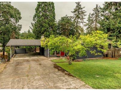 West Linn Single Family Home For Sale: 19623 White Cloud Cir