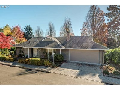 Tigard Single Family Home For Sale: 15650 SW Old Orchard Pl