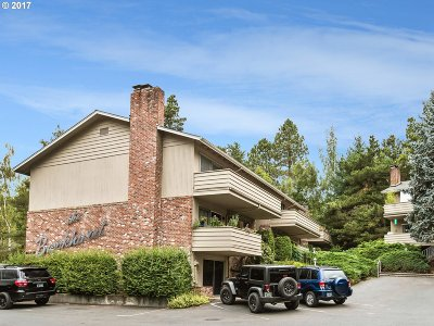 Portland Condo/Townhouse For Sale: 6046 SW 25th Ave