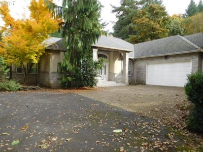 Lake Oswego Single Family Home For Sale: 16150 Lake Forest Blvd