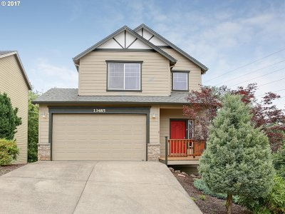 Clackamas Single Family Home For Sale: 13485 SE Hubbard Ter