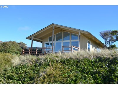 Bandon Single Family Home For Sale: 54182 Gould Rd