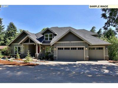 West Linn Single Family Home For Sale: 820 Marylhurst Cir