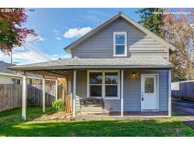 Oregon City, Beavercreek Single Family Home For Sale: 1028 Johnson St