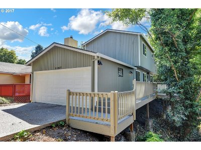 Portland Single Family Home For Sale: 11007 SW 60th Ave