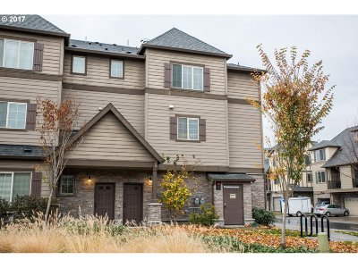 Beaverton Condo/Townhouse For Sale: 21377 NW Miriam Way