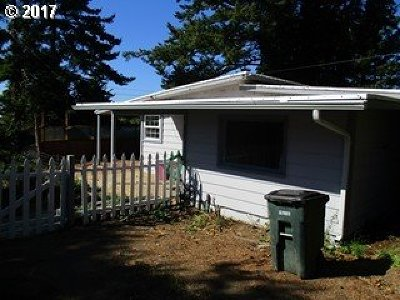 Coos Bay Single Family Home For Sale: 716 Jackson Ave