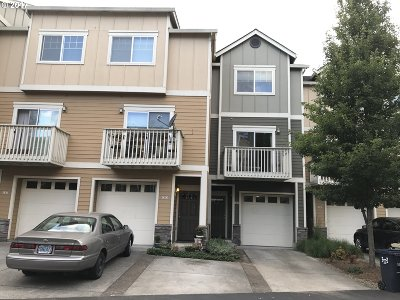 Beaverton, Aloha Condo/Townhouse For Sale: 18465 SW Stepping Stone Dr #9