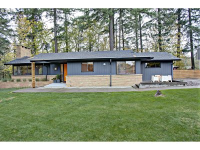 Portland Single Family Home For Sale: 9515 NW Leahy Rd