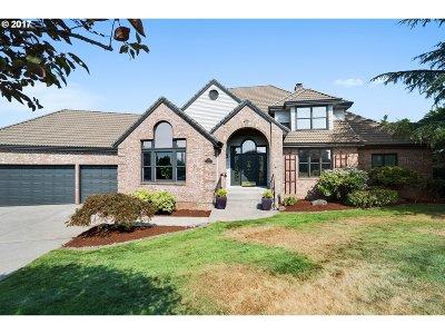 Gresham Single Family Home For Sale: 400 SE Arrow Creek Ln